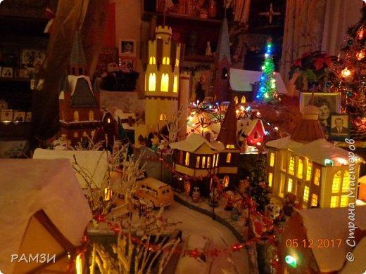 В этом году город разросся, появились новые здания и город стал более сказочным, волшебным и таинственным, Новые здания это: здание мерии, 3 жилых домика, 4 магазинчика, водонапорная башня, смотровая башня и Католический храм фото 7