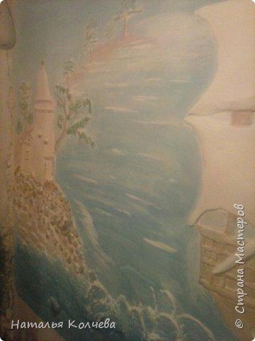 Это на стене сделано из шпатлевки и камушек ,ещё не раскрашено фото 12