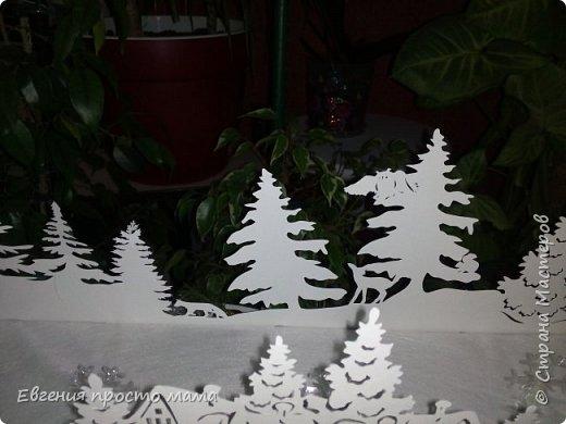 Спешу поделиться - соорудила поделку в школу к Новому году. Не знаю как на фото, но в интерьере смотрится сказочно, и, даже, я бы сказала, завораживающе. фото 12