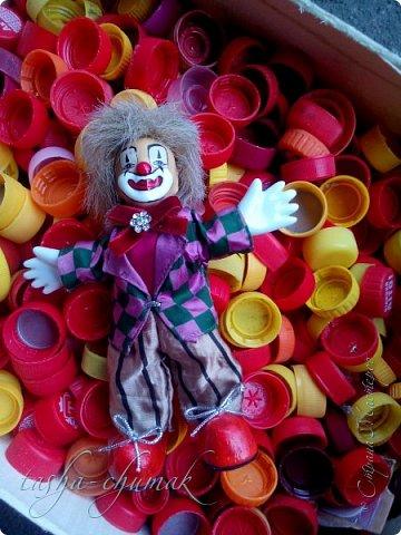 Привет! Я вернул вам вашу Ташку! Небось скучали?...   Есть у Ташки подружка, обожает клоунов.   фото 12
