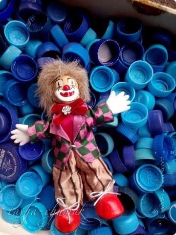 Привет! Я вернул вам вашу Ташку! Небось скучали?...   Есть у Ташки подружка, обожает клоунов.   фото 13