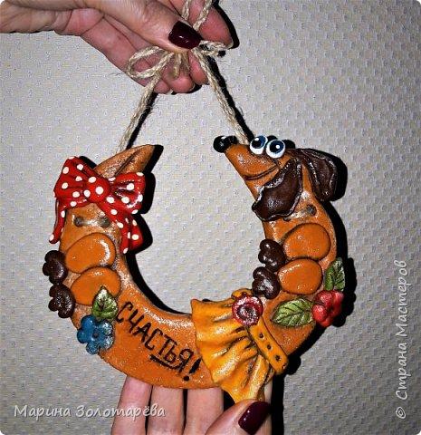 Здравствуйте, друзья! Забежала на минутку показать вам своих пёсов) Буду очень немногословна. Идеи подсмотрены мной у мастериц СМ, в инете. ну и своя фантазия тоже била ключом) Принимайте мои творенья) Все пёски-магниты или сувенирные подвески-елочные игрушки. фото 9