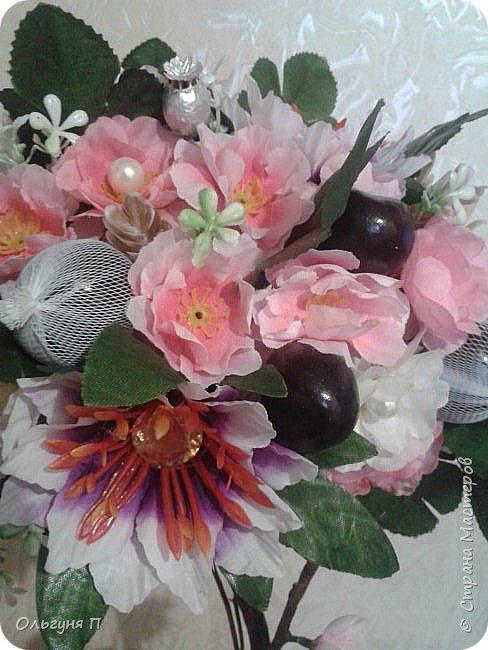 О-Ханами-праздник цветения сакуры в Японии...Добрый день, уважаемые жители Страны Мастеров.... Хотя в Стране царит новогоднее настроение, у меня на душе весна.....Я к вам в гости с очередной сакурой.... фото 3