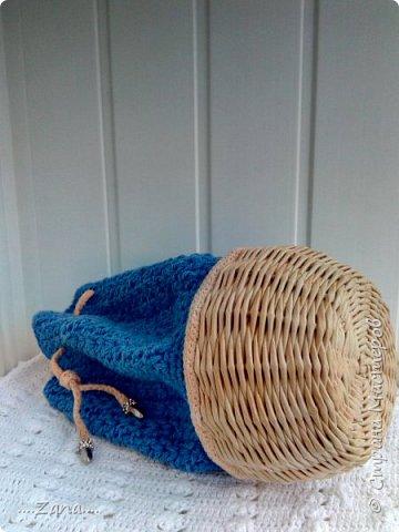 Вот такой мешочек у меня получился.Давно хотела попробовать соединить вязание и плетение. фото 3