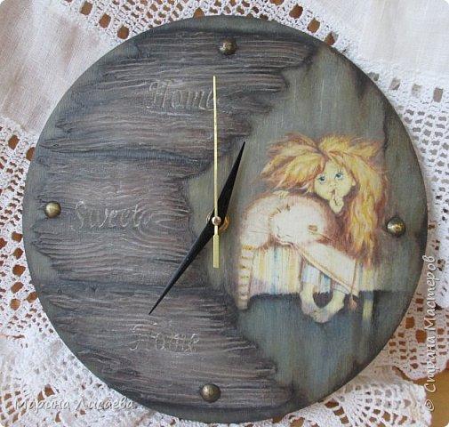 Здравствуйте, мои дорогие жители СМ!  Вчера отложила все дела и сотворила себе часы для кухни.