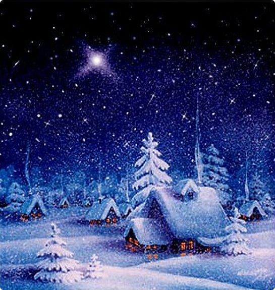Хочется поздравить всех жителей нашей замечательной страны с наступающим Новым годом и Рождеством!!! И стихи уже сочинились!  Новогодний праздник на пороге ждет! И снежинки кружат белый хоровод... Сказку подарила Зимушка-Зима - В серебре и блеске улицы, дома! Время для мечтаний и надежд и грез, Время для объятий и тепла в мороз! Вспомним что случилось в нынешнем году И отыщем в небе яркую звезду! Все мечты и планы мы расскажем ей,  Самой ясной и живой среди всех огней! Вспыхнет чудо-звездочка , осветит наш путь, чтоб идти нам к цели, с тропки не свернуть!  (Лена Агалакова декабрь 2017)