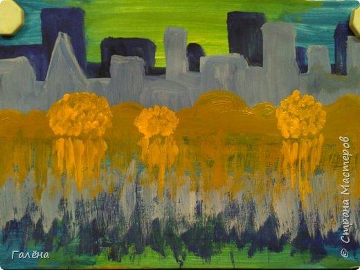 Предлагаю начинающим юным художникам попробовать свои силы в написании городского пейзажа.Для рисования нам понадобится бумага формата А-3,гуашь 12 цветов,толстая кисть плоская щетина номер 12 . фото 12