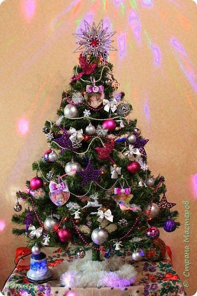 Поздравляю всех с Рождеством Христовым!!!  В холодный вечер отложив дела, забыв о неурядицах житейских,  Прочь выгнав тень обиды или зла, мы Рождество наивно ждем, по-детски.  Оно к нам обязательно придет, в открытые сердца теплом вольется,  Звездой осветит весь небесный свод и каждому с надеждой улыбнется...   Ольга Теплякова фото 6