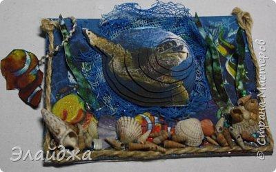 Привет всем моим друзьям и гостям странички. Лето ,жара..... желание поплавать на море, вообщем у меня с утра такое морское  настроение. Увидев картинки с 3D-эффектом, я решила попробовать сделать такую серию карточек.  Спасибо ИРИСКА 2012 и ее доченьке Людочке  они живут  в СМ здесь (http://stranamasterov.ru/user/191152) за то что прислали мне ракушек с побережья Черного моря, а точнее с Одессы. Я решила  их использовать, для актуализации дна морского. фото 18