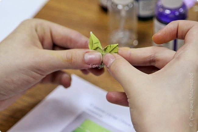 """Мне очень хочется показать отдельно детские работы с моего мастер-класса.  На мк были дети, которые совсем не знакомы с оригами, но """" терпение и труд, все перетрут """", как гласит пословица:)  Огромное им спасибо !!! А за такие красивые фото работ,  спасибо Татьяне из студии Шебби:) фото 7"""