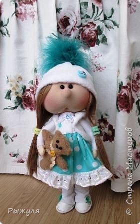 Всем доброго времени суток! Очень давно не выставляла ничего в СМ.... На то были обстоятельства)) и вот моё новое увлечение!  Текстильные кукляшки, моя любоФь)) Это первая куколка именно такого вида