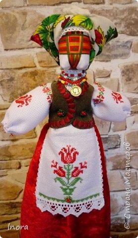 """Очередная мотанка создана в подарок близкой подруге. Вышивка на фартушке """"Древо жизни"""" - древняя славянская традиция"""