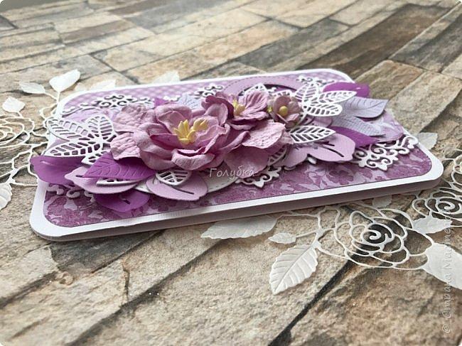 """Посмотрела я тут таблицу цветов """"фиолетовые оттенки"""" на  lookcolor.ru ,  я даже предположить не могла что их столько:) Пересмотрев се, решила, что это или лиловая опера, или светло лиловый, или цвет пурпурной орхидеи:) А согласно фен-шуй, оказывается, лиловый цвет символизирует жизненную силу, а в китайской классической поэзии означает положительную духовную силу.  Эта открытка из подарочных полос ( которые присылают с заказом)  моей любимой бумаги Galeria Papiery фото 3"""