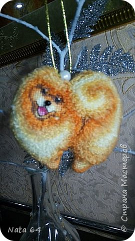 Вышивала собачку по МК Ирины Наниашвили.