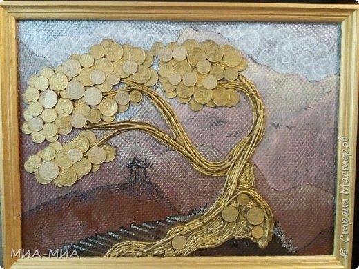 Доброго времени суток, Страна! Это моя вторая проба создания денежного дерева в подарок ! Нравится мне японский художник Кацусико Хакусай. Вот и решила в его стиле сделать деревце.  фото 1