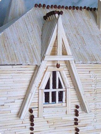 Грузинская церковь -  Дманисский Сиони (VI-VII в.), собор в честь Успения Пресвятой Богородицы на территории древнего городища Дманиси близ с. Патара-Дманиси.  Размер постройки впечатляет: 23х11,5 м. Здесь похоронен грузинский царь Вахтанг III (1298/1302-1308). В XVII в. в портике был похоронен Дманисский епископ Павел. фото 110