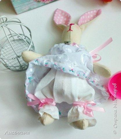"""Добрый день мастера и мастерицы. Давно я хотела научиться шить кукол """"Тильда"""" и вот наконец то решилась. Покажу вам сегодня мою первую куклу в стиле Тильда, это моя зайка))) Зайку зовут Степанида. фото 20"""