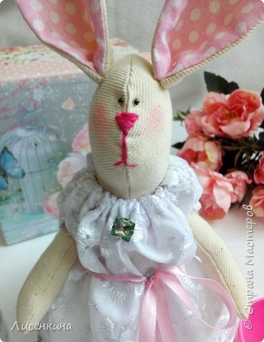 """Добрый день мастера и мастерицы. Давно я хотела научиться шить кукол """"Тильда"""" и вот наконец то решилась. Покажу вам сегодня мою первую куклу в стиле Тильда, это моя зайка))) Зайку зовут Степанида. фото 21"""