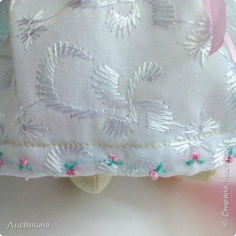 """Добрый день мастера и мастерицы. Давно я хотела научиться шить кукол """"Тильда"""" и вот наконец то решилась. Покажу вам сегодня мою первую куклу в стиле Тильда, это моя зайка))) Зайку зовут Степанида. фото 22"""
