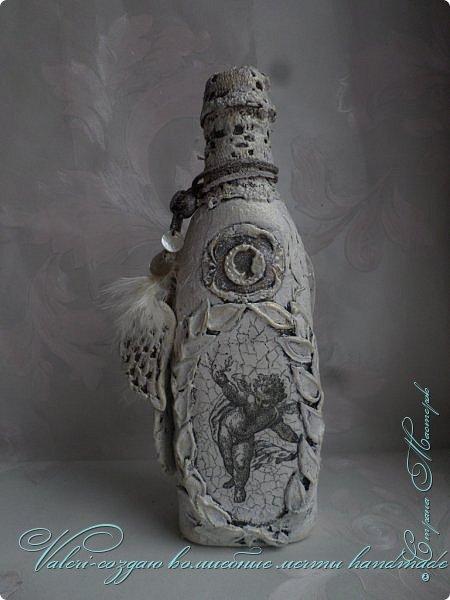 """Дорогие мои ДРУЗЬЯ, жители нашей Волшебной СМ!!! Представляю Вашему вниманию новый МК по декору бутылки """"Белый ангел"""". Это еще одно дополнение в мамулину комнату в стиле шебби)), бутылочка хоть винтаж и не совсем шебби, но в комнатку она хорошо вписалась)) фото 2"""