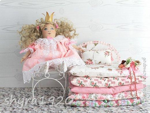 Вот и еще одна жирненькая Принцесска готова к встрече своего Прынца на белом коне фото 2