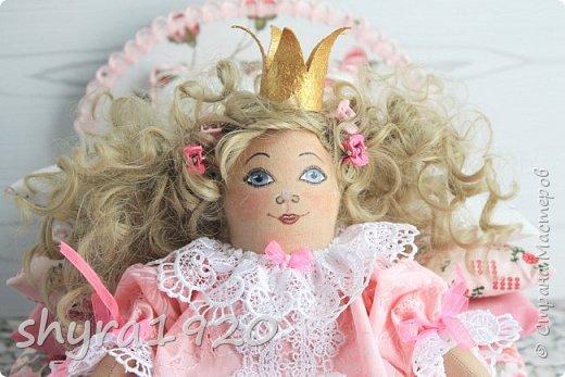 Вот и еще одна жирненькая Принцесска готова к встрече своего Прынца на белом коне фото 5