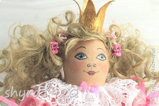 Вот и еще одна жирненькая Принцесска готова к встрече своего Прынца на белом коне фото 6