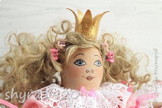 Вот и еще одна жирненькая Принцесска готова к встрече своего Прынца на белом коне фото 3