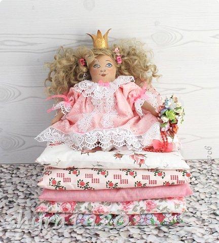 Вот и еще одна жирненькая Принцесска готова к встрече своего Прынца на белом коне фото 1