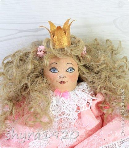 Вот и еще одна жирненькая Принцесска готова к встрече своего Прынца на белом коне фото 18