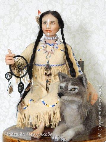 """Кукла размером 35 см сидя, полимерная глина ливингдолл, собака-волк как хотите так назовите животных валять не особо научилась, но старалась, одежда из тончайшей бычьей кожи купленной в Испании (ждала своего часа). Волосы техника вживления, глаза сделаны в технике """"живых глазок"""" роспись в ручную заливаются худ. эпоксидной смолой. работа сделана в течении месяца. Пишите если нравится."""