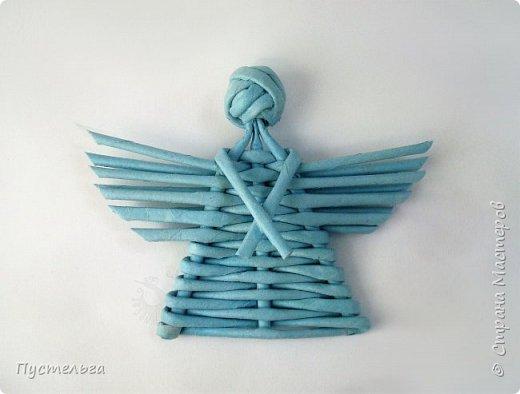 """Это ангелок для самых маленьких мастеров. Трубочки из трети листа потребительской бумаги """"Кондопога"""", всего 13 штук. фото 12"""