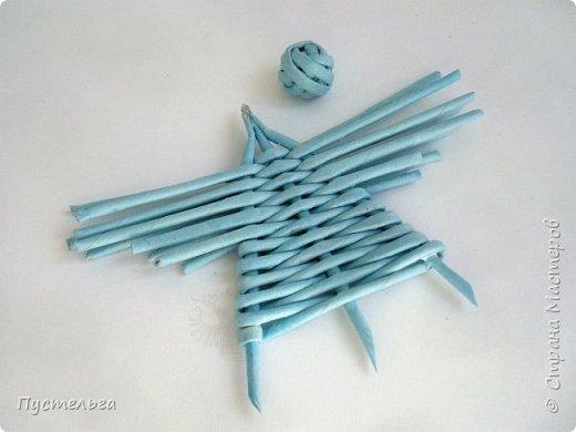 """Это ангелок для самых маленьких мастеров. Трубочки из трети листа потребительской бумаги """"Кондопога"""", всего 13 штук. фото 9"""