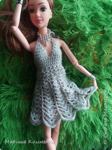 И снова всем приветик! А вот и новый наряд для нашей новенькой. Назвала ее Шарлотта. Изначально планировалась ночная рубашечка, но процесс работы показал совсем другой результат))) И получилось маленькое платице для вечеринки)) фото 2