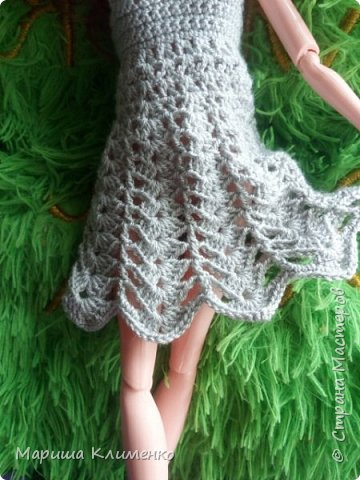 И снова всем приветик! А вот и новый наряд для нашей новенькой. Назвала ее Шарлотта. Изначально планировалась ночная рубашечка, но процесс работы показал совсем другой результат))) И получилось маленькое платице для вечеринки)) фото 4