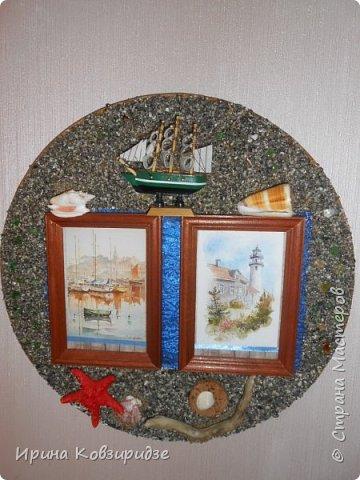 Два панно на морскую тему. Основа- круги ДВП-диаметром 32 и 34 см. На основу на клей ПВА насыпан морской песок (с Чёрного моря) фото 12