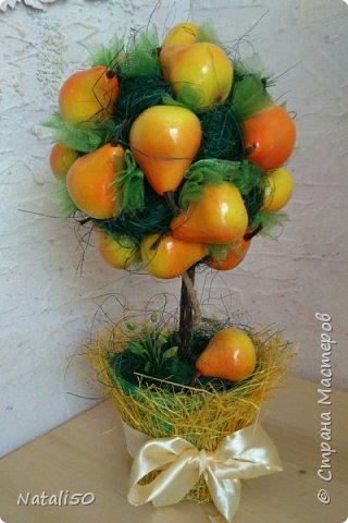 Доброго всем дня!!  Хочется ещё показать мои топиарии и первую пробу в технике  канзаши.. Настроение уже почти летнее.. цветочки, ягодки, фрукты..  фото 3