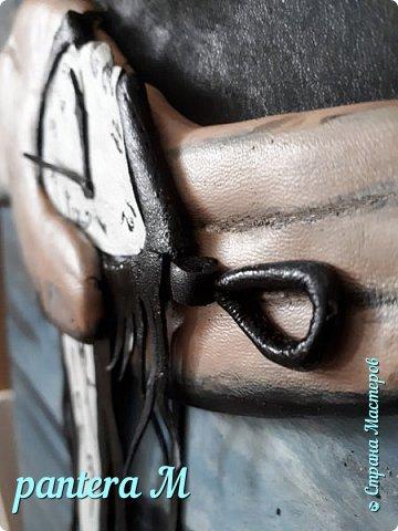 "Картина из кожи ""Время"" фото 3"