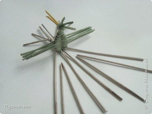 """Трубочки из из потребительской бумаги """"Кондопога"""", полоса 7 см, спица 1,2 мм. Зелёные - 16 шт. Серые - 8 шт. Жёлтые 9 шт. фото 17"""
