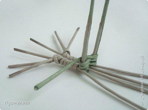 """Трубочки из из потребительской бумаги """"Кондопога"""", полоса 7 см, спица 1,2 мм. Зелёные - 16 шт. Серые - 8 шт. Жёлтые 9 шт. фото 9"""