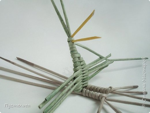 """Трубочки из из потребительской бумаги """"Кондопога"""", полоса 7 см, спица 1,2 мм. Зелёные - 16 шт. Серые - 8 шт. Жёлтые 9 шт. фото 12"""