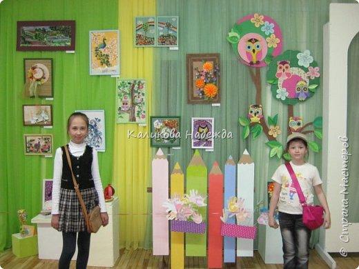 """Как всегда, в конце учебного года отдел художественно-прикладного творчества организовывает отчетную выставку. В этом году она проходила под названием """"Творчество в ладошках"""" Представлены работы детей в возрасте от 7 до 16 лет. фото 1"""