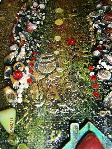 Это панно сделано в подарок женщине с армянскими корнями. Работа выполнена по мотивам работ Ольги  Кравец. В окончательном варианте фото оформила в красную рамочку. Фото добавлю потом. фото 28