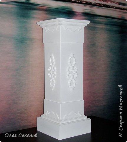 Подставка-колонна (постамент)2 фото 1