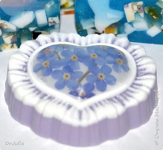 Специально рисунок на свирлах никогда не делаю, тем интереснее разглядывать мыло на разрезе... фото 33
