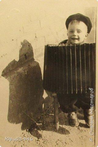 Отцовский чай... Для иллюстрации приведена фотография, на которой автор снят как раз в тот период, о котором эти стихи. Это 1955 год, Донбасс