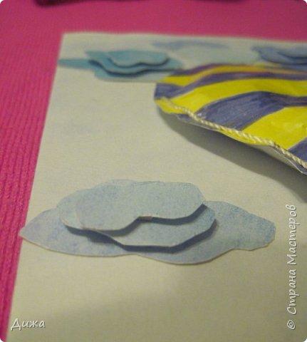 Всем огромный привет!  Продолжаю показывать свои открытки :-)   Все открытки уже давно вручила, ещё в мае.  Сегодня хочу вам показать двадцатую открытку, которую я сделала для одноклассника. Открытка про путешествие в дальние страны  Фон нарисовала акварельными красками Воздушный шар - это СКВИШ. Как сделать СКВИШ, показывала здесь https://stranamasterov.ru/node/1148166 фото 6