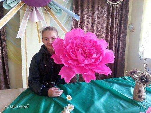 Роза из бумаги.Высота 150 см,диаметр цветка 55 см фото 4