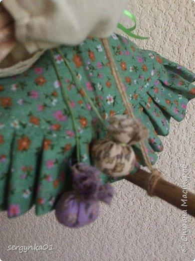 """Кукла была куплена в 2005 году. На тот момент - это была китайская кукла """"Ведьма"""", но образ ее не нравился в отличии от общей задумки куклы.  фото 4"""