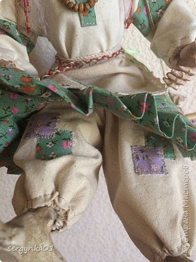 """Кукла была куплена в 2005 году. На тот момент - это была китайская кукла """"Ведьма"""", но образ ее не нравился в отличии от общей задумки куклы.  фото 7"""
